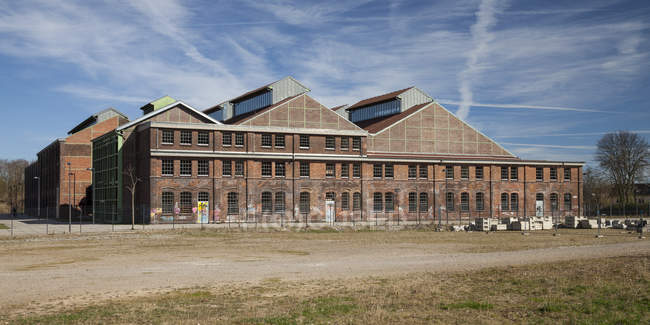 Germany, North Rhine-Westphalia, Dortmund-Hoerde, Phoenix West, Phoenix Park, Industrial hall, Phoenix hall — Stock Photo