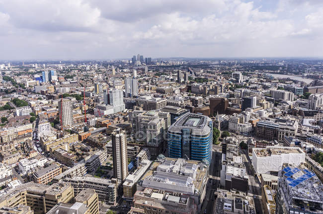 Вид на город в дневное время, Лондон, Великобритания — стоковое фото