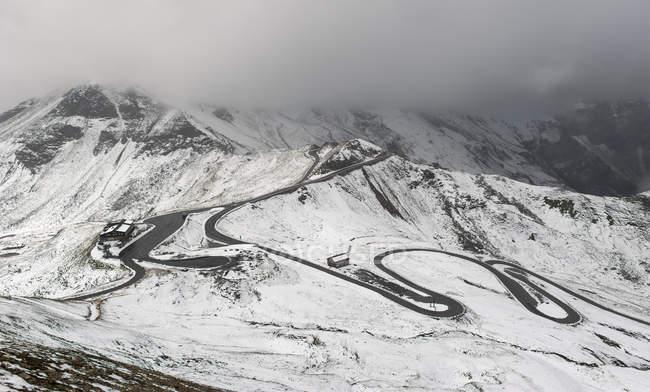 Высокогорной альпийской дороге Гроссглокнер австрийских Альп, Национальный парк Высокий Тауэрн, Австрия, Зальцбург, — стоковое фото