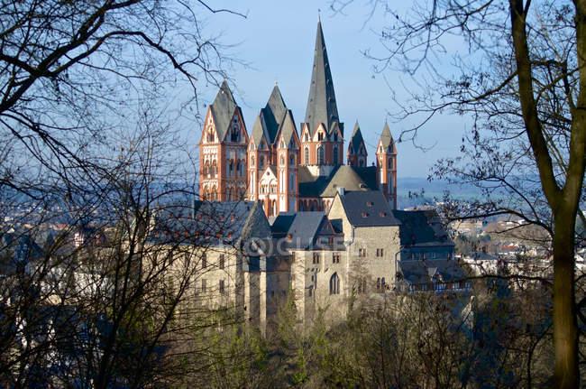 Deutschland, hessen, limburg, blick zum limburger dom — Stockfoto