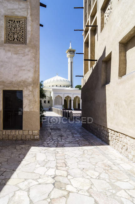View of Mosque at Dubai Creek, United Arab Emirates, Dubai — Stock Photo