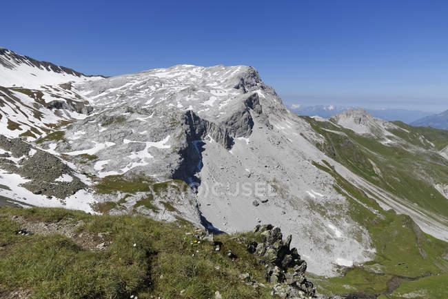 Österreich, Vorarlberg, Ratschenfluh in Madrigalgruppe, Blick in die Schweiz — Stockfoto