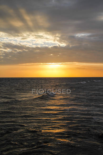 Indonesia, Lombok, Sunset at Senggigi beach — Stock Photo