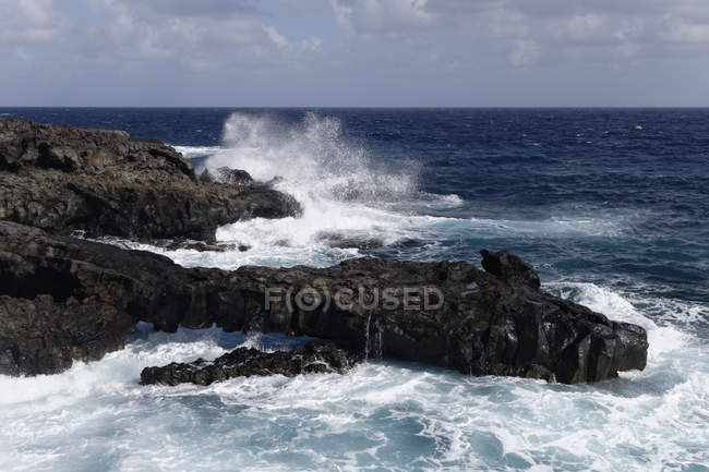 Spain, Canary Islands, La Palma, Volcanic coast at Fuencaliente  during daytime — Stock Photo