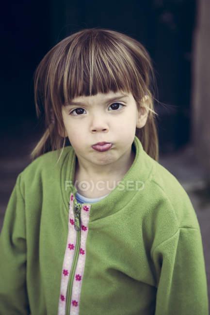 Retrato de menina pouting boca — Fotografia de Stock