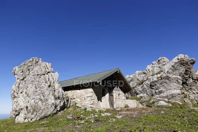 Maison en pierre Steinlingalm, Kampenwand, Alpes de Chiemgau, Haute-Bavière, Bavière, Allemagne — Photo de stock