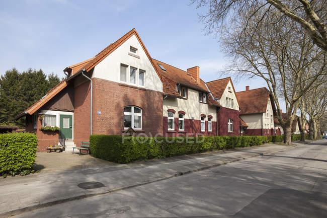 Alemanha, Renânia do Norte-Vestefália, Dortmund-Boevinghausen, Estabelecimento mineiro, casas — Fotografia de Stock