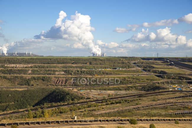 Alemanha, Renânia do Norte-Vestefália, Rhein-Erft-Kreis, mina de superfície de Hambach, extracção de carvão castanho — Fotografia de Stock