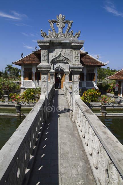 Indonesia, Bali, vista del Palazzo reale palazzo Ujung acqua — Foto stock