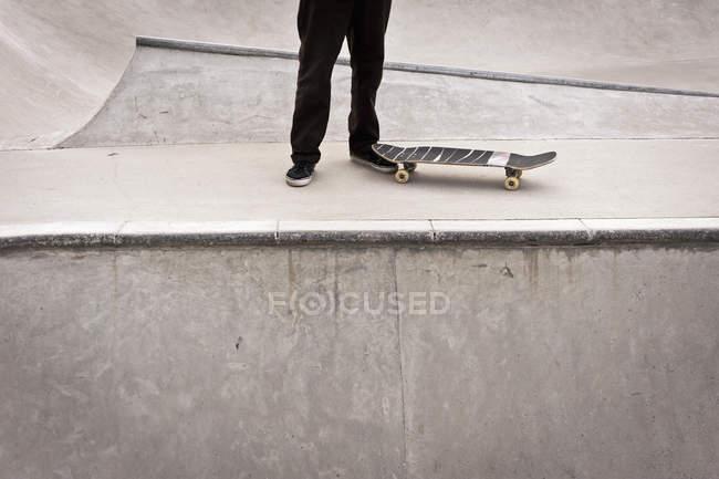 b9346b2d Pensionista de skate - Fotografias de Stock, Imagens Royalty-free ...