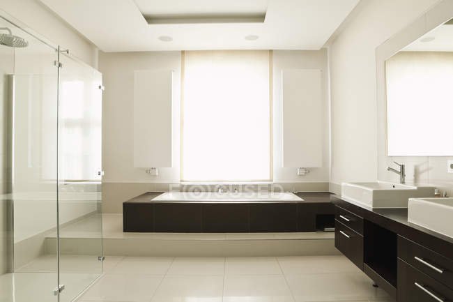 Interior of Modern bathroom in the house — Stock Photo