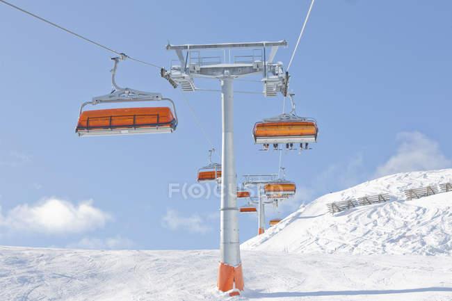 Österreich, Ansicht des Skilifts über Österreichische Alpen — Stockfoto