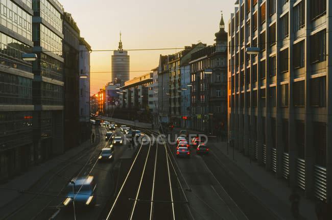 Traffic at Landsberg Street at sunset dusk — Stock Photo
