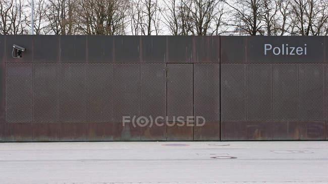 Німеччина, Мюнхен, забезпечені стіни і вступних департаменту поліції — стокове фото