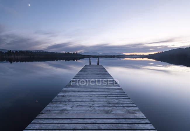 Germania, Veduta del lago Kirchsee — Foto stock
