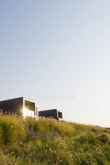 Spiaggia hotel edifici — Foto stock