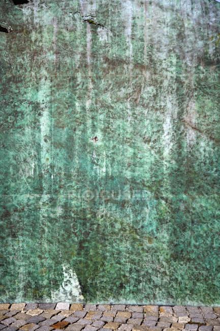Germany, Bavaria, Wuerzburg, View of greenish wall — Stock Photo