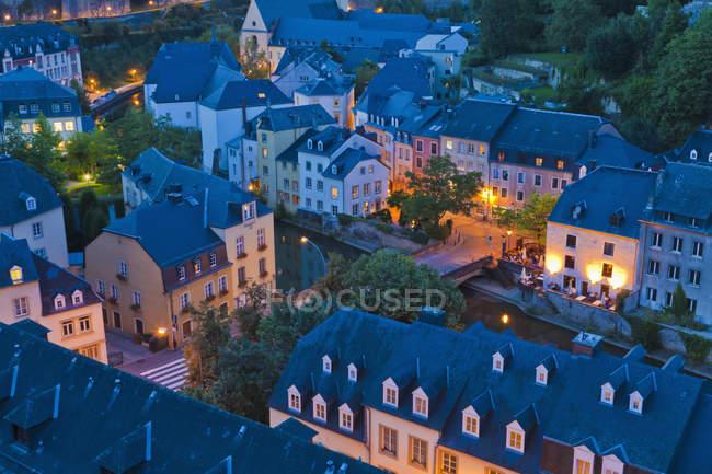 Lussemburgo, veduta aerea della città di notte — Foto stock