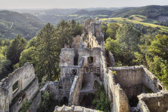 Austria, Alta Austria, Veduta del castello in rovina — Foto stock