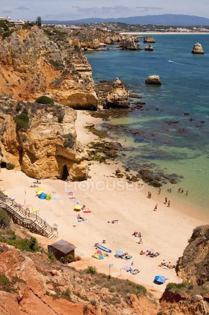Portugal, Lagos, Praia da Dona Ana pitoresca praia — Fotografia de Stock