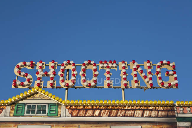 Alemanha, Baden Wuerttemberg, Estugarda, Vista da galeria de tiro em feira — Fotografia de Stock
