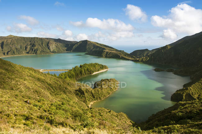 Portugal, Azores, Sao Miguel, Crater lake Lago di Fogo during daytime — Stock Photo