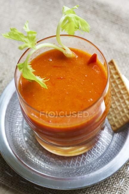 Paprika und orange gazpacho — Stockfoto