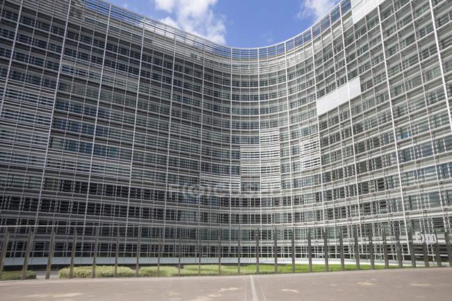 Bélgica, Bruxelas, Comissão Europeia, Berlaymont construção durante o dia — Fotografia de Stock