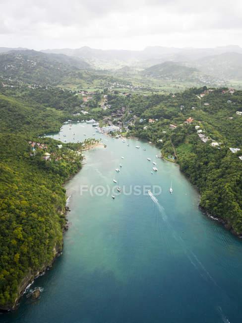 Photo aérienne des Caraïbes, Sainte-Lucie, de la baie de Marigot — Photo de stock