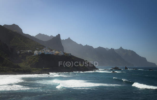 Spain, Canary Islands, Teneriffe, Buildings in Anaga mountains — Stock Photo
