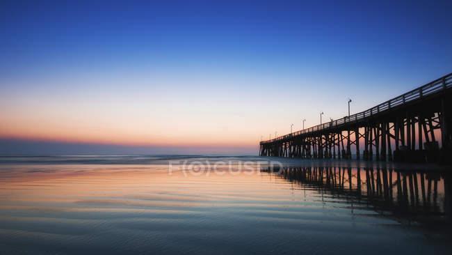Stati Uniti, Florida, View Daytona Beach con pilastro ad alba — Foto stock