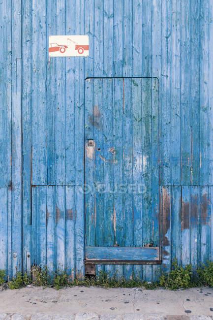 Испания, Голубая дверь, Закрыть — стоковое фото