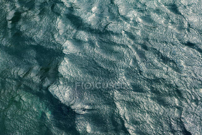 Close up of sea and waves during daytime — Stock Photo