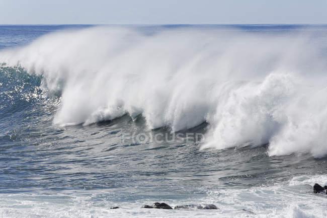 Порушення хвилі на острові La Gomera — стокове фото