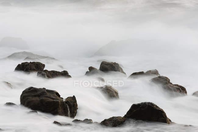 Breaking of waves at Valle Gran Rey — Stock Photo