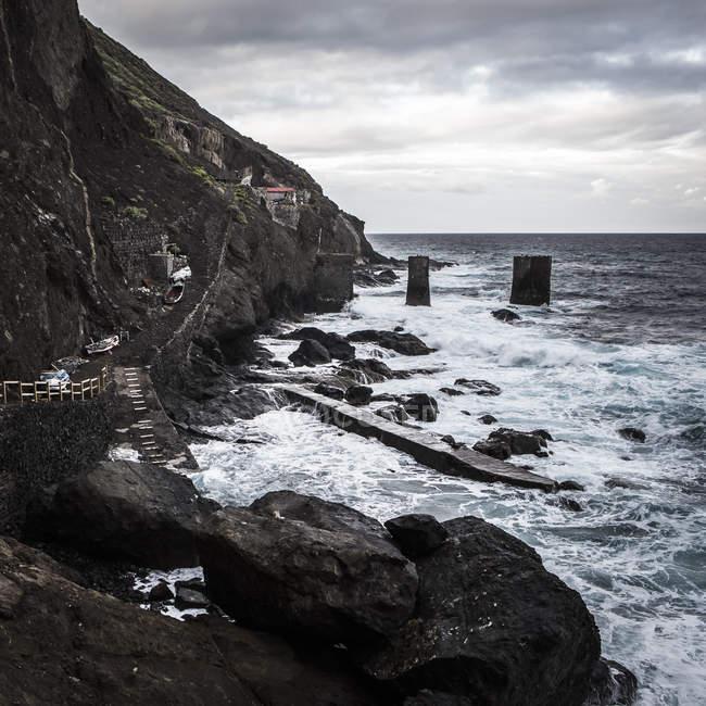 Espanha, La Gomera, vista da estação perto de Agulo de envio durante o dia — Fotografia de Stock