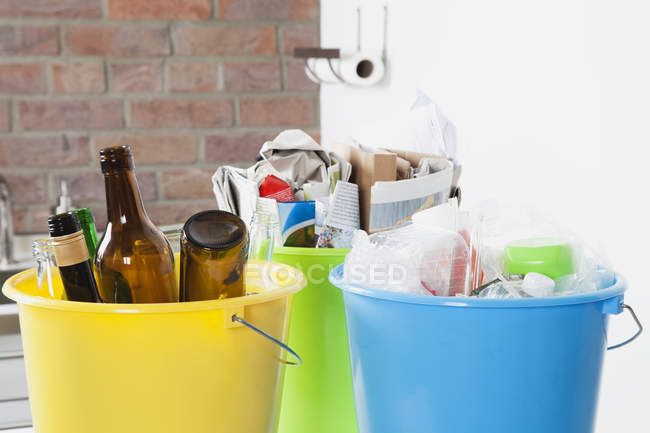 Buckets with household garbage, close up — Stock Photo
