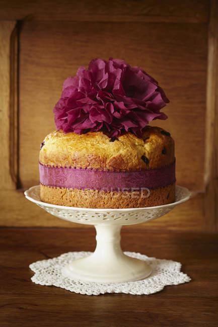 Torta de pan dulce con arándanos - foto de stock
