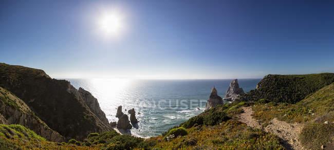 Praia da Ursa e falésias — Fotografia de Stock