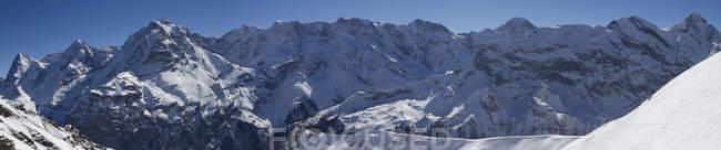 Schweiz, Ansicht von Eiger, Monch und Jungfrau tagsüber — Stockfoto