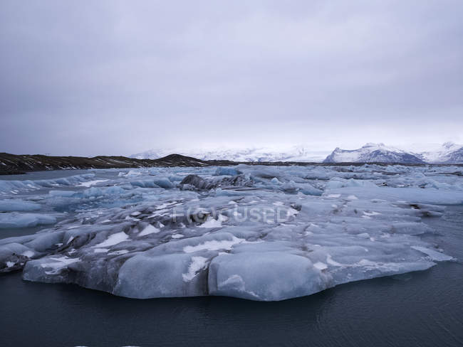Lago ghiacciaio di Jokulsarlon — Foto stock