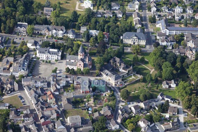 Europe, Germany, RhinelandPalatinate, View of city Sinzig, with St.Peter church — Stock Photo