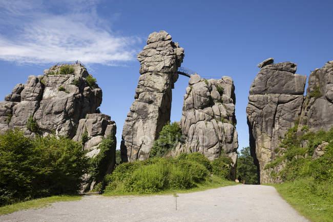 Германия, Рог-Бад-Майнберг, Тевтобургский лес. Снаружи - мосты и песчаные скалы — стоковое фото