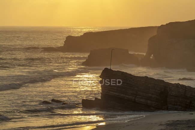 Espanha, Calicia, Lugo, mar Cantábrico, humor de manhã na praia Praia de Longara — Fotografia de Stock
