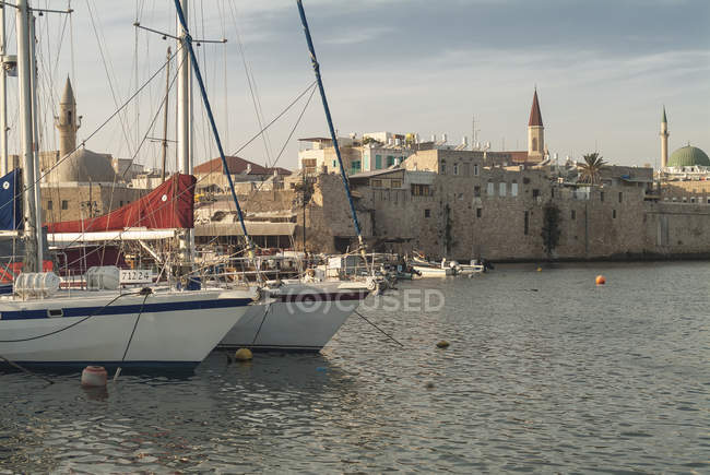 Israel, Acre, harbor and old town — Stock Photo