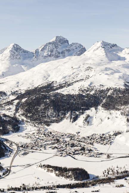 Швейцарія, Енгельін, Сент-Моріц бачили зверху — стокове фото