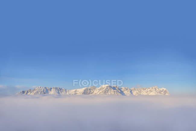 Австрія, Тіроль, вид на гори кайзера, Уайлдер Кайзер і Захмер Кайзер — стокове фото