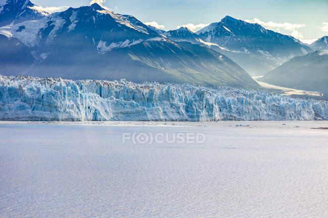 США, Аляска, Сент-Еліас гори і Юкон, льодовик Хаббард — стокове фото