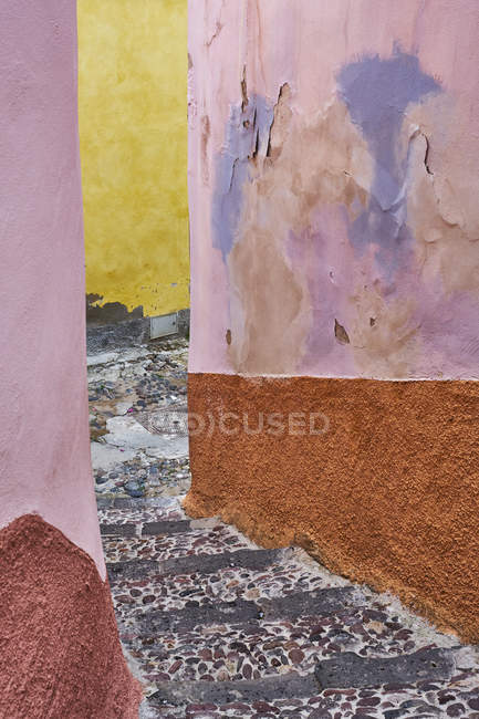 Italy, Sardinia, Bosa, alley between colorful houses — Stock Photo