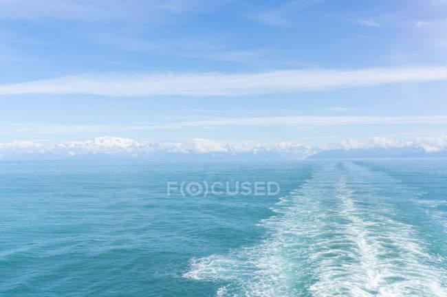 США, Аляска, Сент-Іллінські гори, біля льодовик Хаббард, видно з Тихого океану — стокове фото